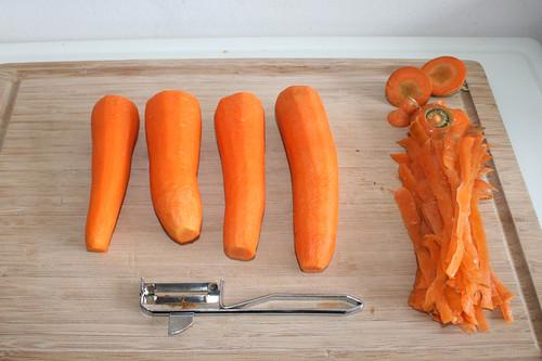 39 - Möhren schälen / Carrots