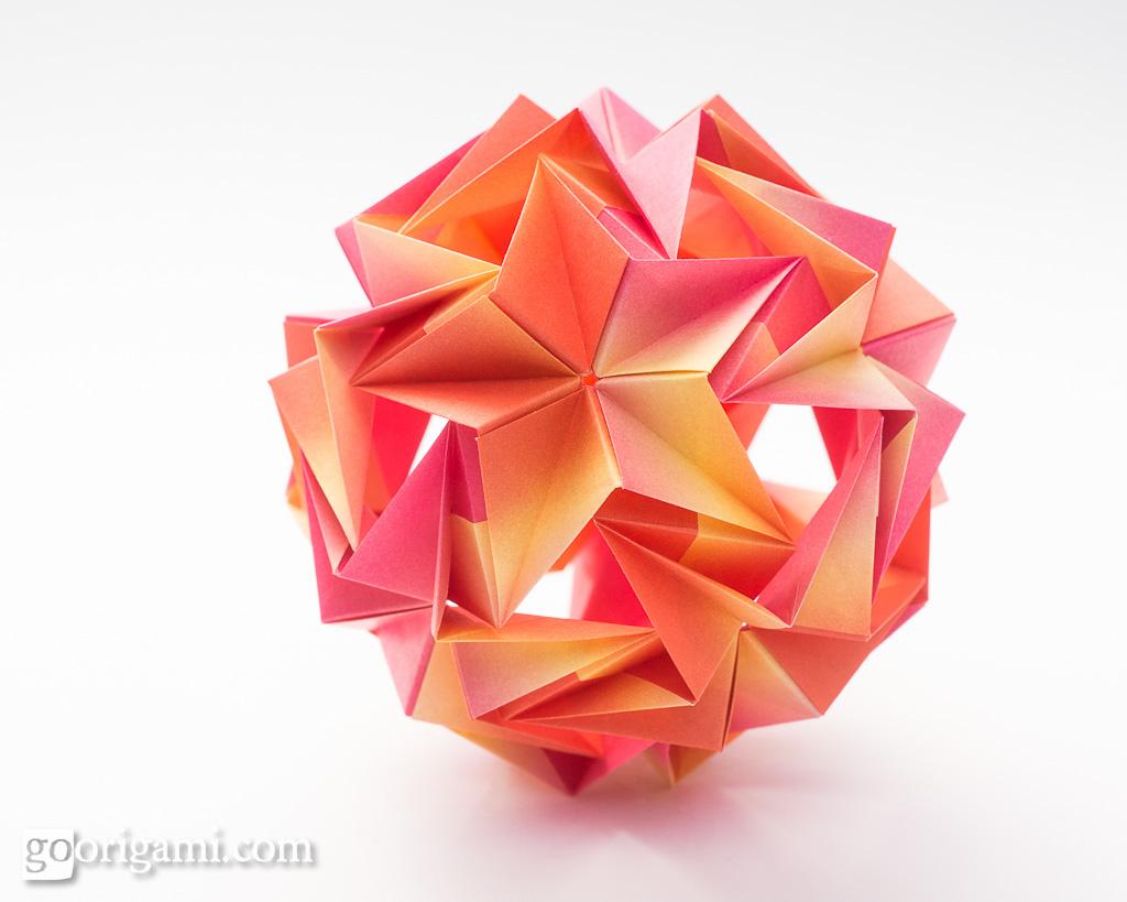 Origami kusudama origami kusudama maria sinayskaya recta flickr origami kusudama by maria sinayskaya origami kusudama by maria sinayskaya jeuxipadfo Gallery
