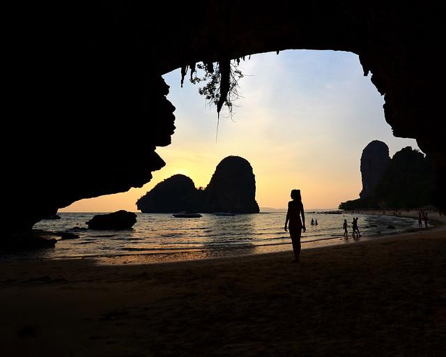 La cueva de Phrang Nga al atardecer