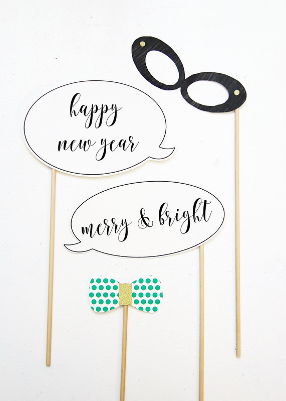 Printable Glasses Speech Bubble Tie Props