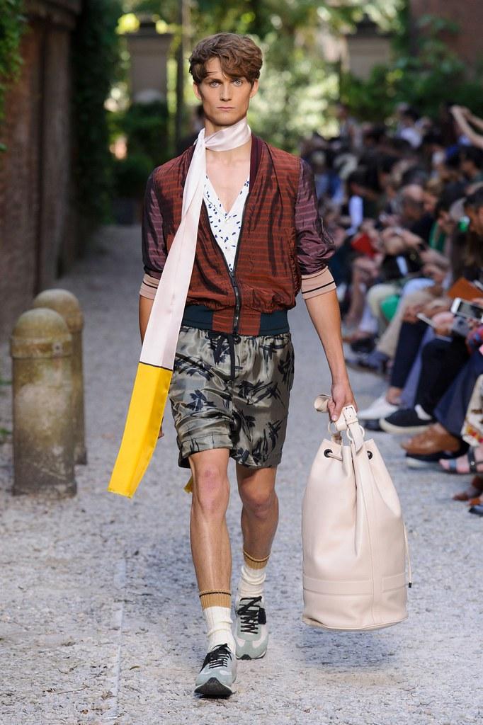 SS16 Milan Andrea Pompilio024_Paul-Alexandre Haubtmann(fashionising.com)