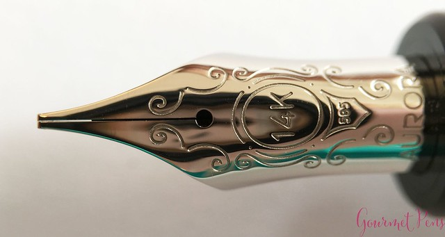 Review Aurora Optima Fountain Pen - Italic @AndersonPens @KenroPens 10
