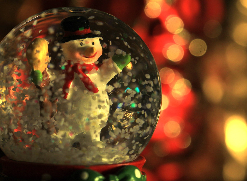 """Frosty the Snowman - MMs - """"Holiday Bokeh"""" 