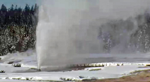 Beehive Geyser eruption (2:08-2:13 PM, 12 January 2017) 1 | by James St. John