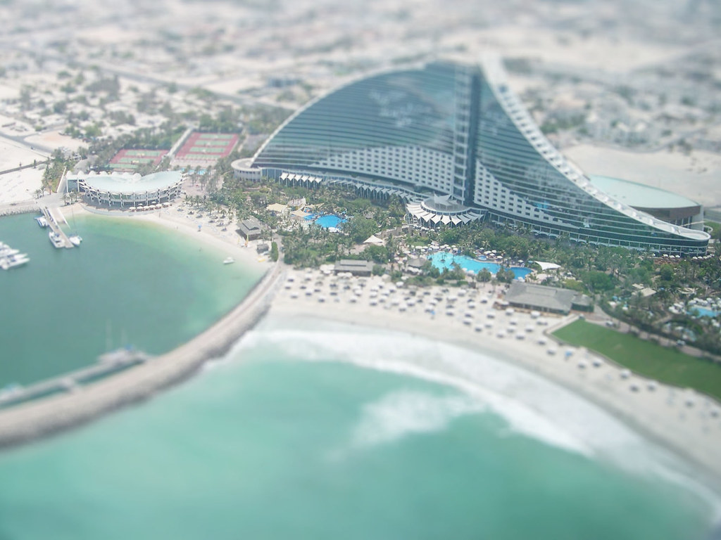 Jumeirah Beach Hotel Dubai Address