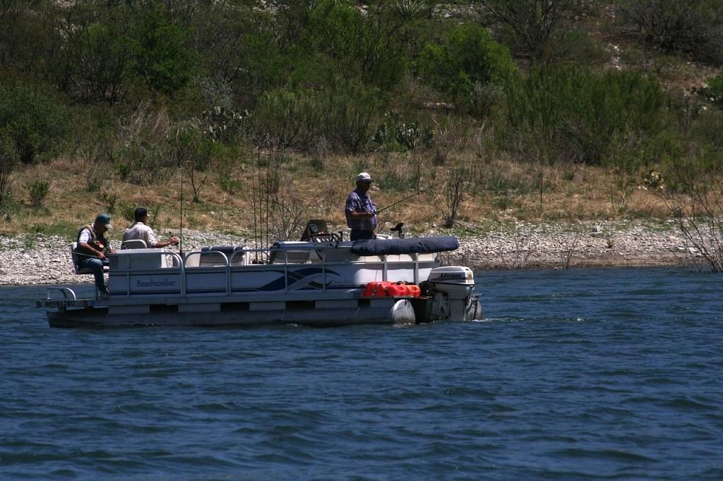 Bass Fishing On Amistad Reservoir Mel Mashman Flickr