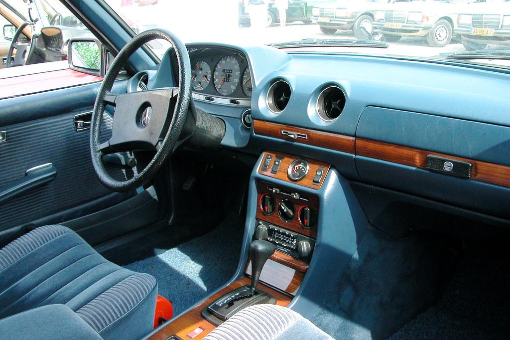 At a Mercedes W123-meeting: fancy interior | Michiel2005 | Flickr