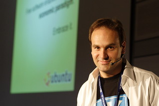 Linuxtag 2006 / Mark Shuttleworth 4 | by Stopped.