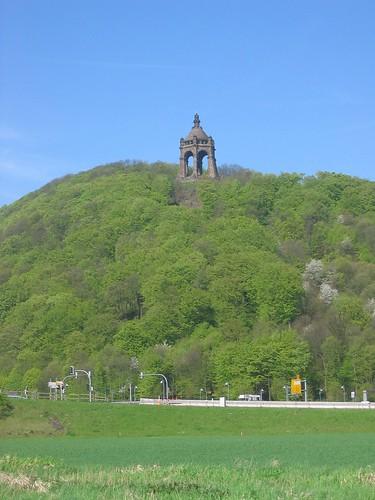 Img 4020 jpg the kaiser wilhelm denkmal at porta - Porta westfalica mobel ...