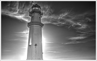 Lighthouse, Newhaven Harbour, Edinburgh | by dhansak79