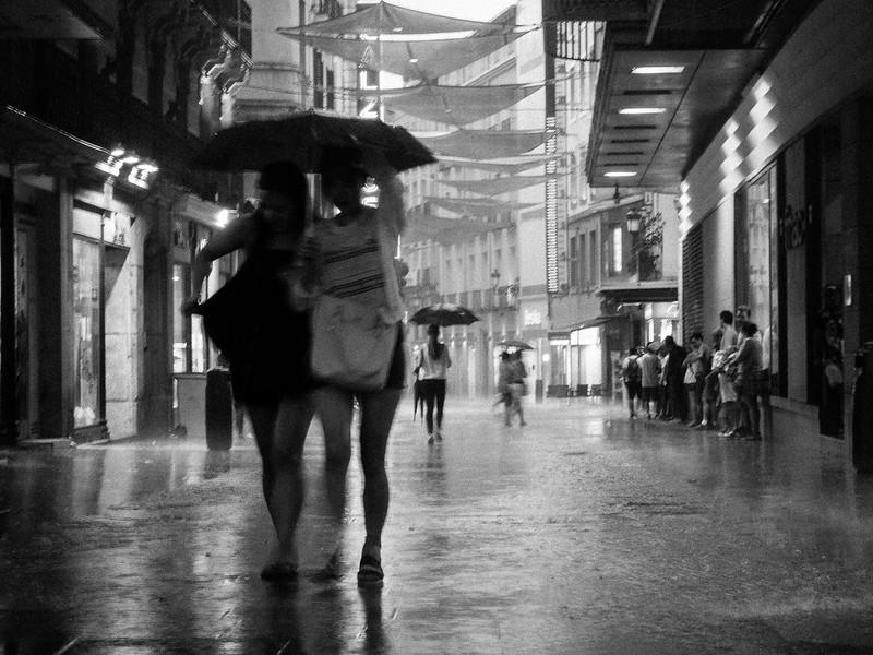 Sombras y lluvia