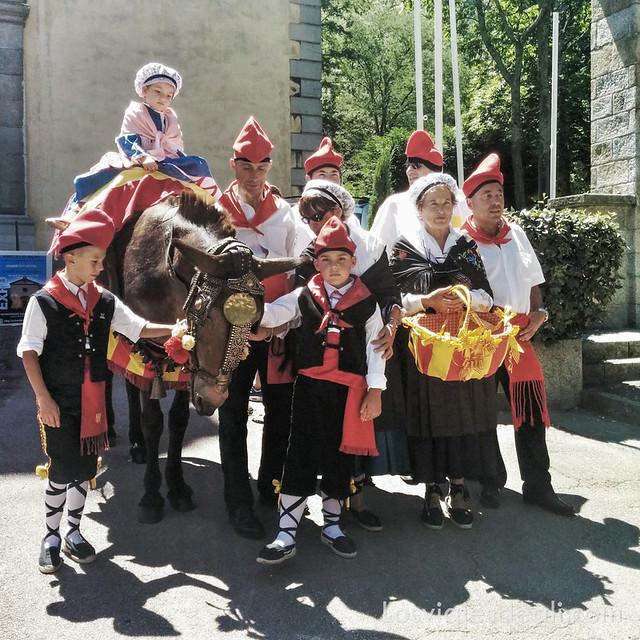 pueblos del macizo del Canigó vestidos catalanes en amélie-des-bains