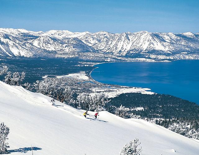 heavenly_ski_resort_overlooking_lake_tahoe[1]
