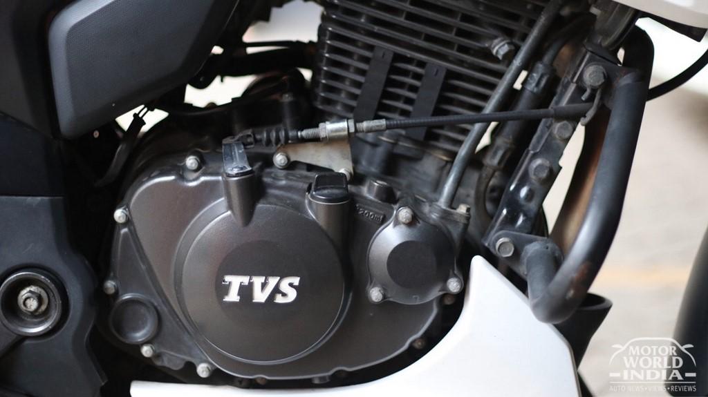 TVS-Apache-RTR-200-4V (37)