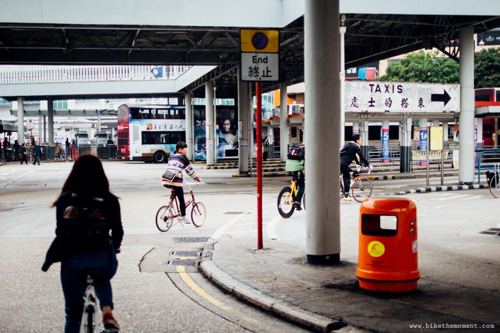 無標題  《假如讓我泊下去2 九龍中西篇》﹣香港市區單車位的幻想影集 18694400341 34c84cbefc o