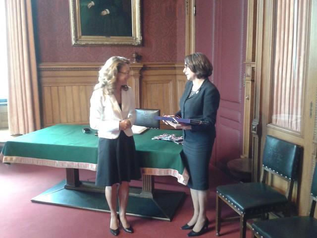 Bürgermeisterin aus Prag zu Besuch in Hamburg
