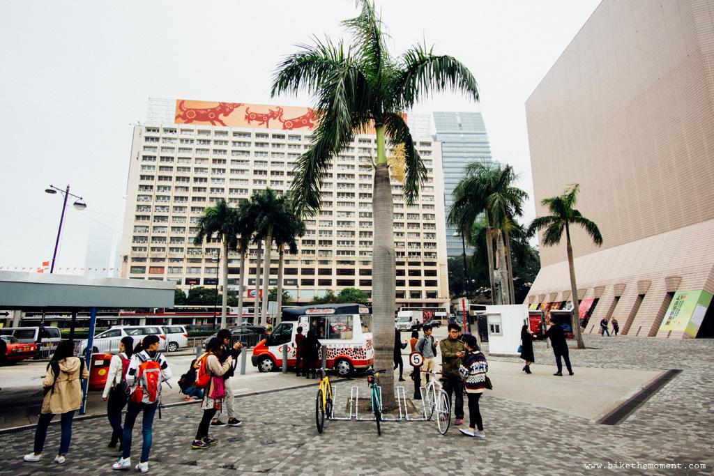 無標題  《假如讓我泊下去2 九龍中西篇》﹣香港市區單車位的幻想影集 18504361170 a12ffaa289 o