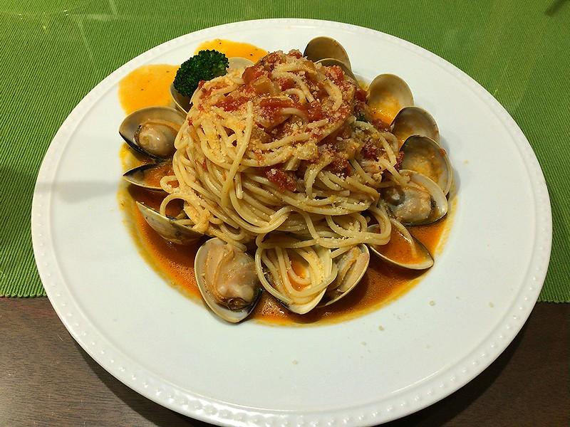 超多蛤蜊茄汁義大利麵