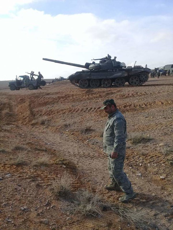 T-62M-recently-supplied-near-T4-airbase-syria-c2017-inlj-1