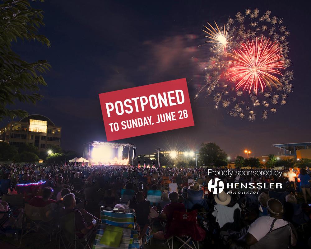SSS 2015 fireworks and crowd with Henssler logo-POSTPONED