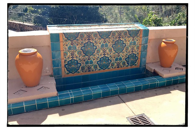 Lovely tiled sheet fountain.