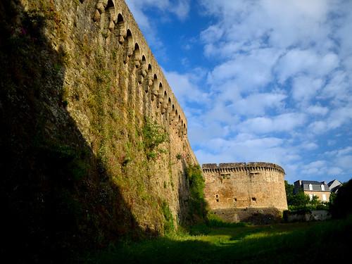 Dinan Wall
