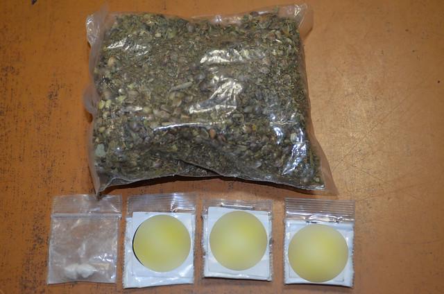 Presunto integrante de grupo delictivo fue detenido con cocaína y marihuana