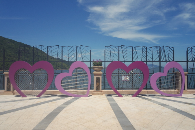Daisybutter - Hong Kong Lifestyle and Fashion Blog: Discovery Bay HK, Lantau Island day trip ideas
