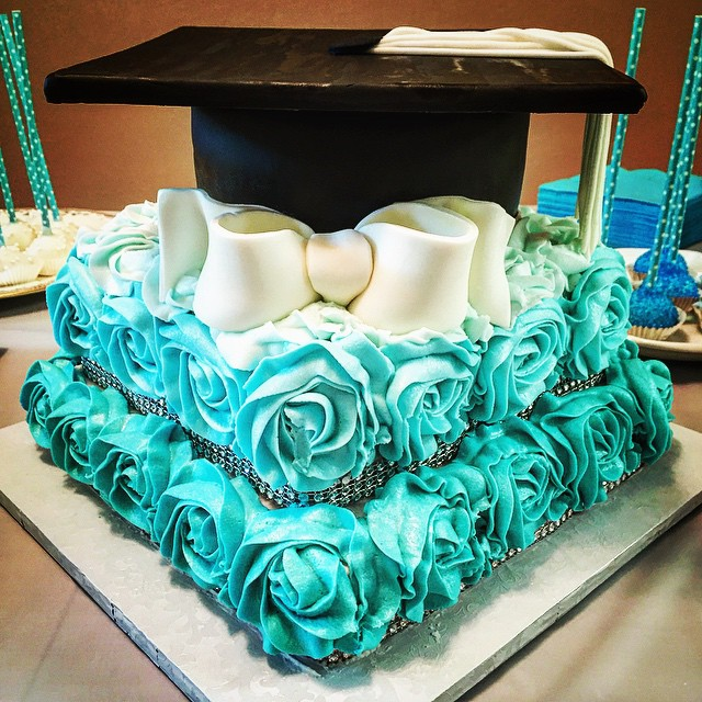 Rosette Square Wedding Cake