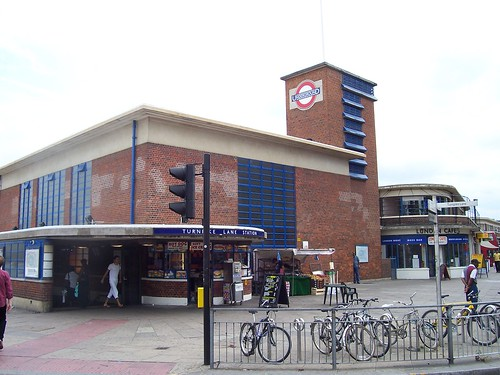turnpike lane station i had two options go all the way. Black Bedroom Furniture Sets. Home Design Ideas