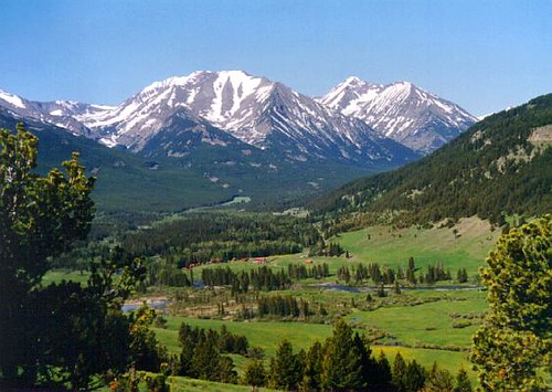 Sweet grass ranch melville mt this shot is of the for Best mountain towns to live and work