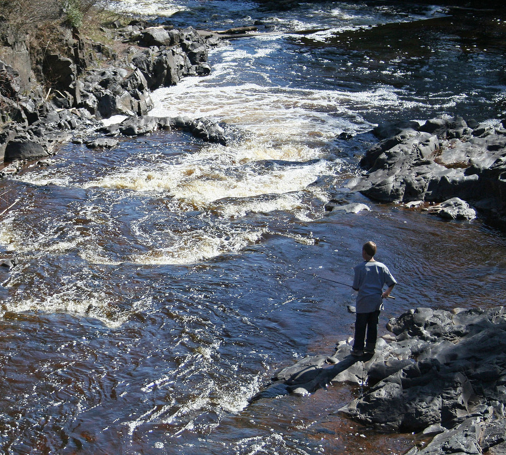 Gone fishing lester creek duluth mn sharon mollerus for Duluth mn fishing report