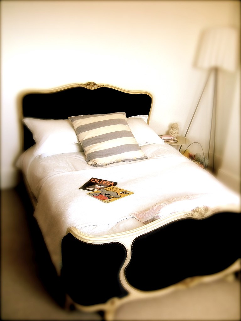 Full bed and queen bed difference - Princess Bed By Geishaboy500 Princess Bed By Geishaboy500