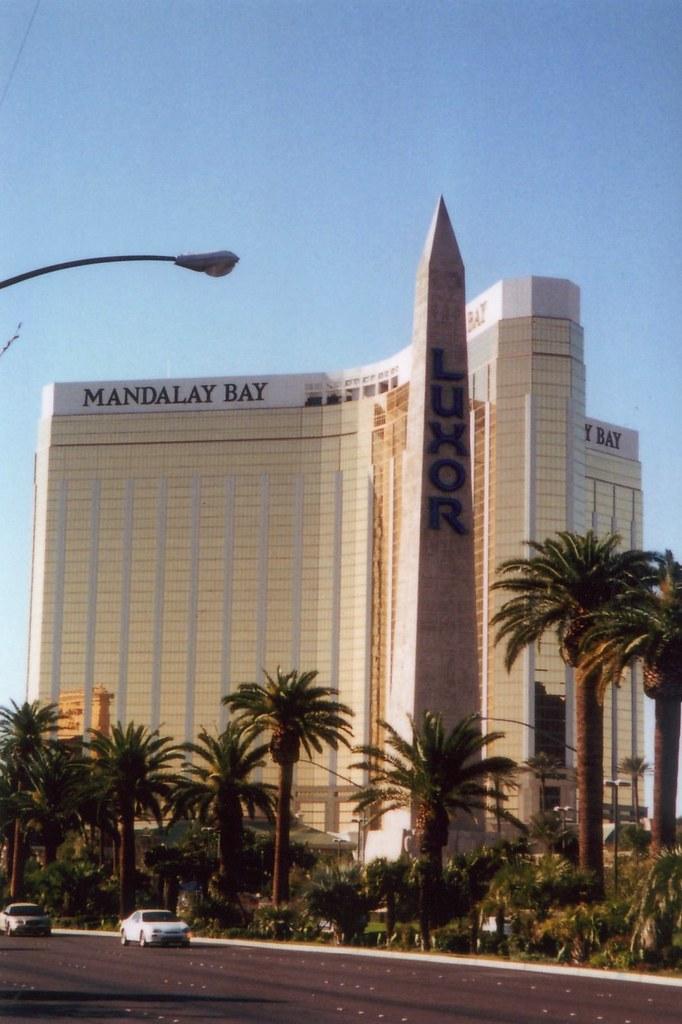 Mandalay Bay 2 Bedroom Suite: Las Vegas: Luxor And Mandalay Bay