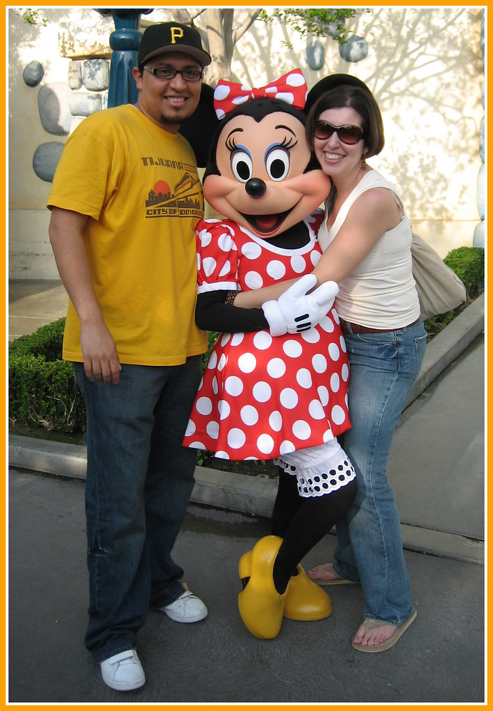 Disneyland Minnie Birthday Cakes