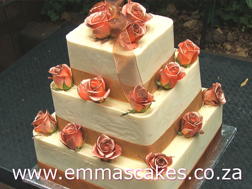 3 tier square wedding cake | square wedding cake with white … | Flickr