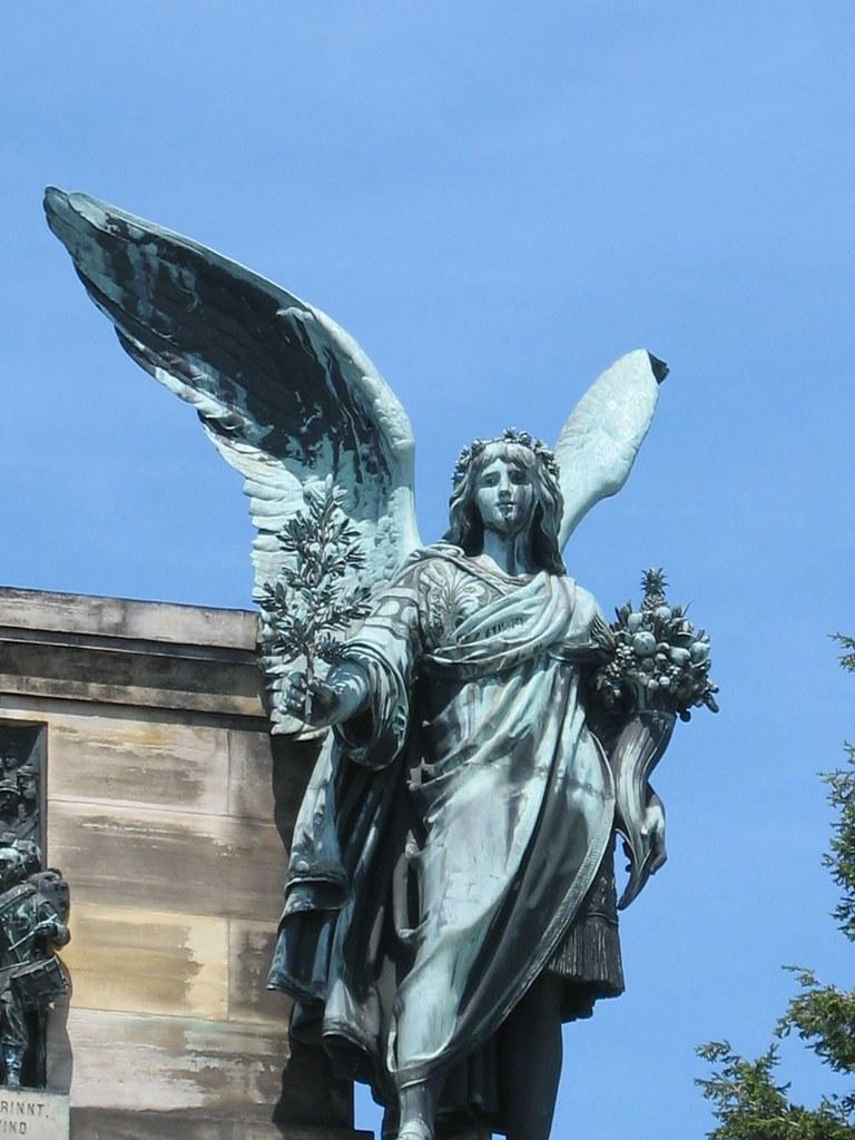Used >> Peace Statue, Niederwalddenkmal, Rudesheim am Rhein, Hesse… | Flickr