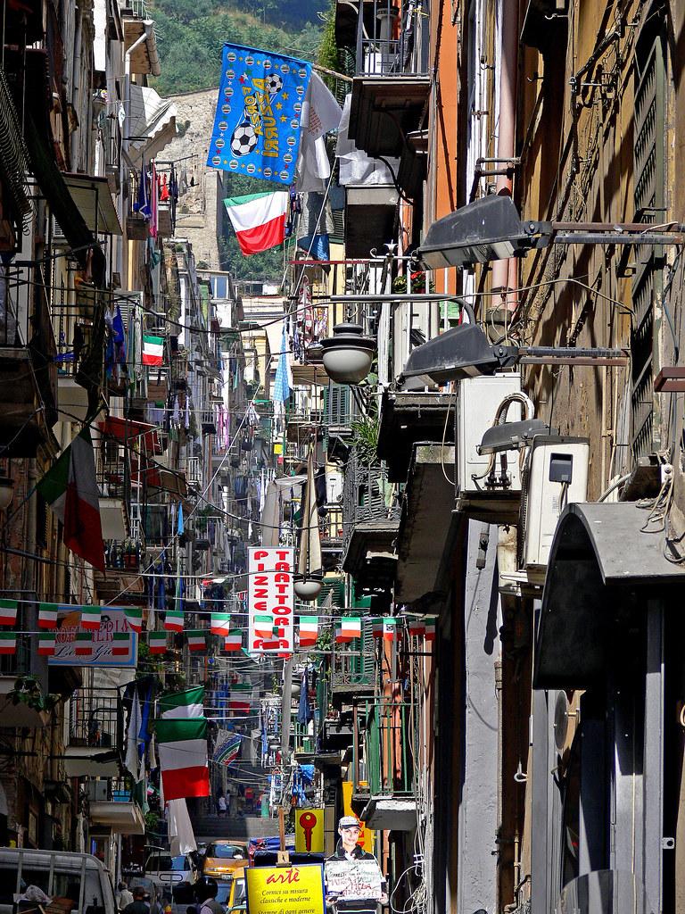 Napoli street ellen flickr