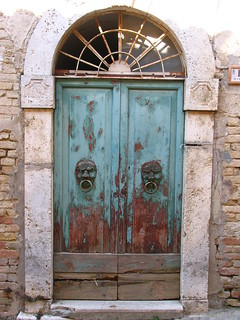 Monteprandone old door | by pizzodisevo 1937