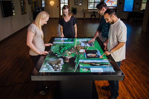 The Cusco Experience On An 84 Quot Multitouch Table For Nmai