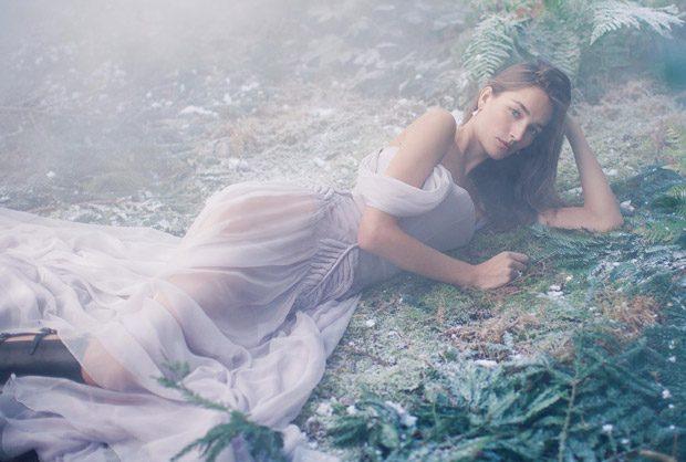 Josephine-Le-Tutour-Harpers-Bazaar-UK-Alexandra-Sophie-08-620x418
