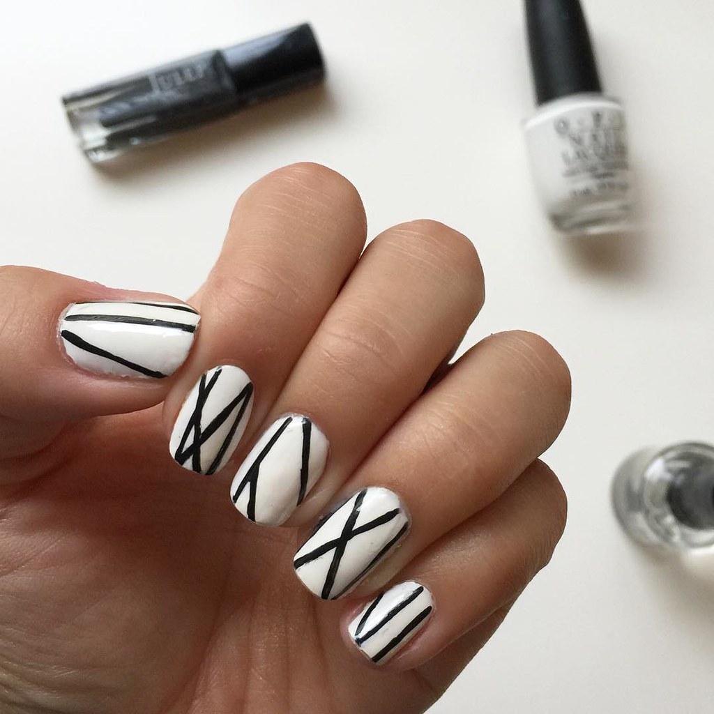 Black lines on white nails | triplyksis | Flickr