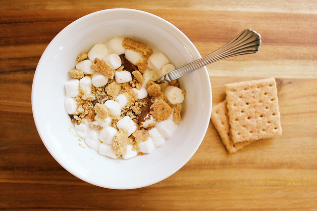 greek yogurt 52 ways: # 18 s'more