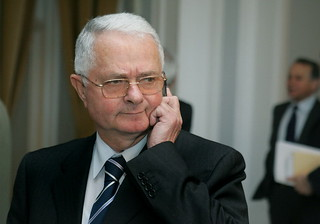SRI-ul lui Magureanu participa indirect la jefuirea AZOMURES-ului