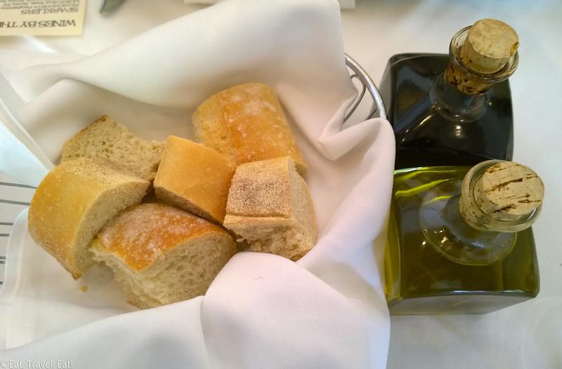 Trattoria Amici (The Americana At Brand)- Glendale, CA: Bread, Olive Oil, Balsamic Vinegar