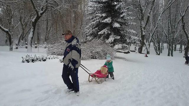 7 парк шевченка Воронцова Тетяна зчоловиком и донькою