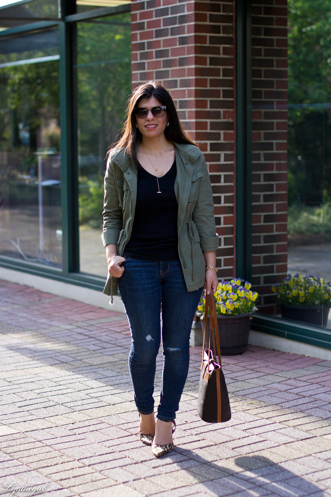 utility jacket, denim, leopard pumps black tee-1.jpg