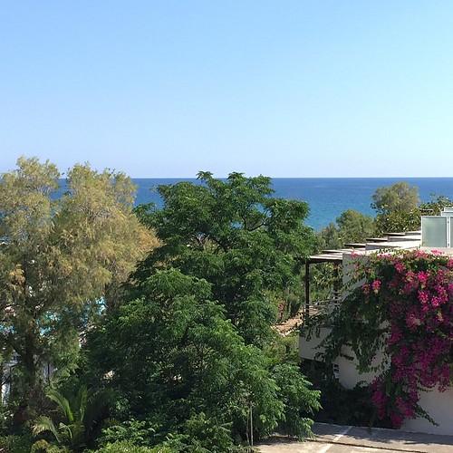 Wonderful view out of my hotel room #travelculinarygreece #apolloniabeachcrete #greece #crete #kreta  #wedolocalApollonia #blogtrottersgr #Griechenland  #summer #island #discovergreece #greecestagram #greece2015 #visit_greece @visitgreecegr @visitcrete @c