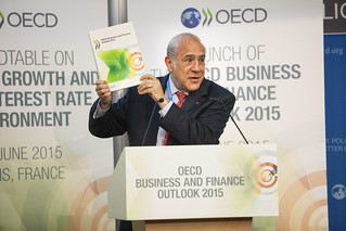 Launch of the first edition of the OECD Business and Finance Outlook.