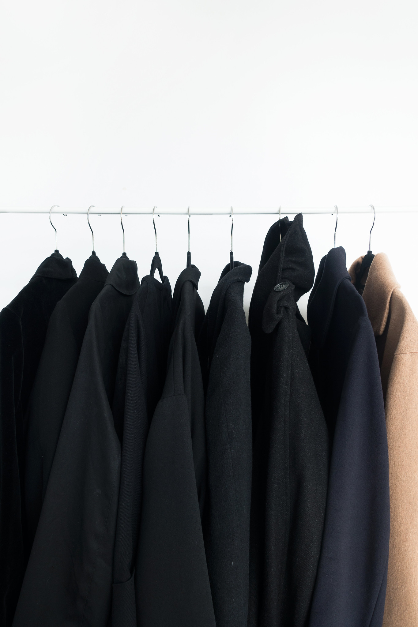 3 Reasons To Convert To A Minimal Wardrobe